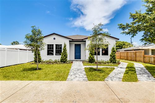 Photo of 7606 S Olive Avenue, West Palm Beach, FL 33405 (MLS # RX-10637260)