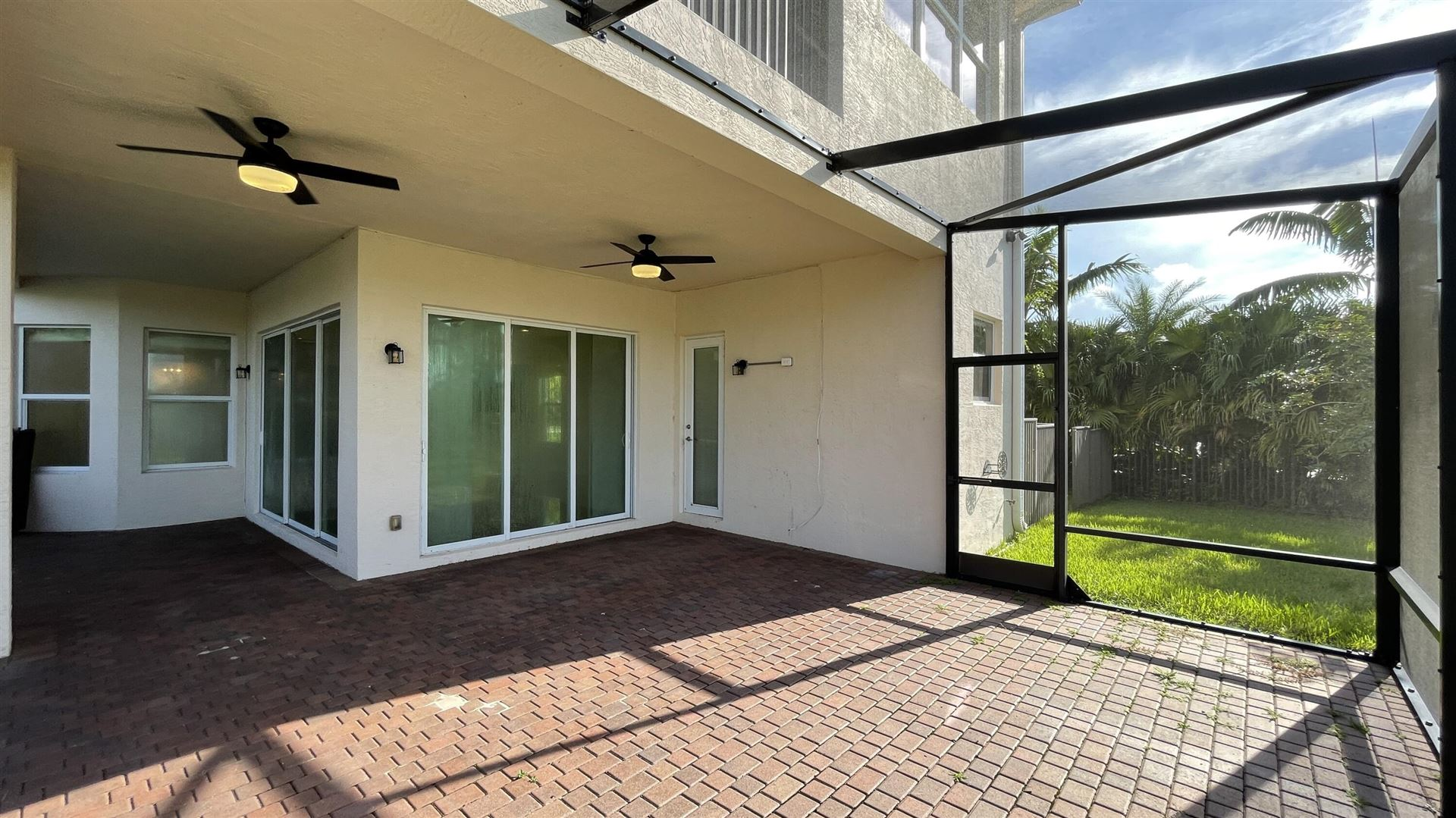 Photo of 11102 Rockledge View Drive, Palm Beach Gardens, FL 33412 (MLS # RX-10747260)