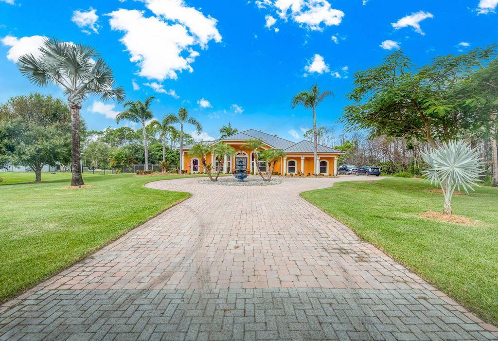 2355 Dyer Road, Port Saint Lucie, FL 34952 - #: RX-10753262