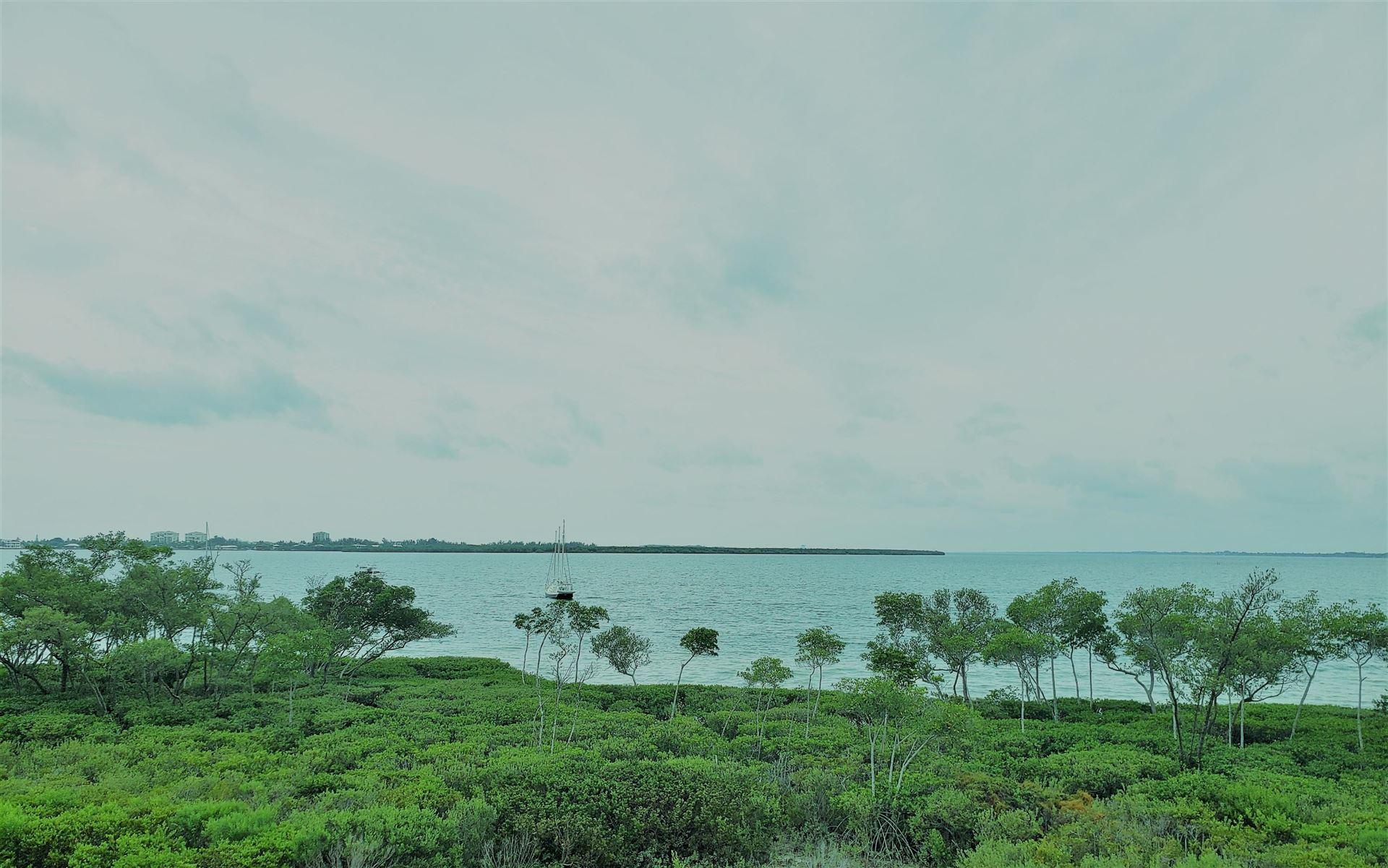 25 Harbour Isle Drive W #306, Fort Pierce, FL 34949 - MLS#: RX-10729264