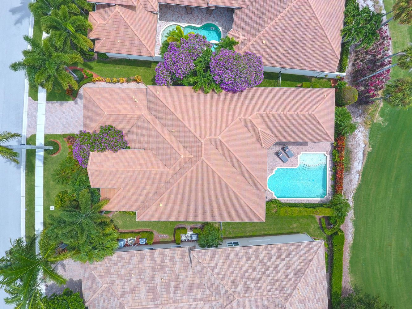 Photo of 528 Les Jardin Drive, Palm Beach Gardens, FL 33410 (MLS # RX-10622266)