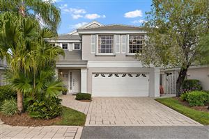 Photo of 53 Admirals Court, Palm Beach Gardens, FL 33418 (MLS # RX-10501267)