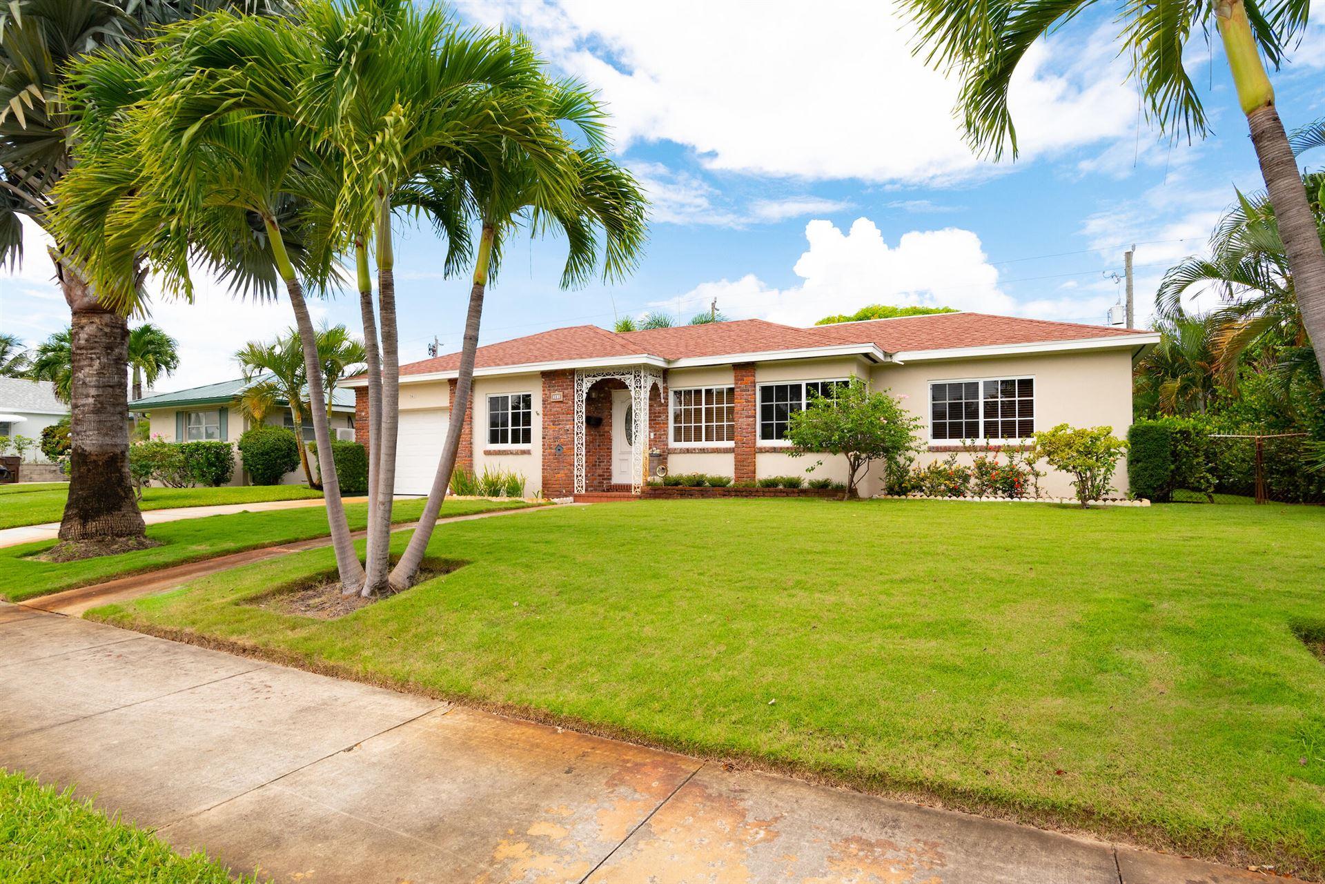 Photo of 361 Franklin Road, West Palm Beach, FL 33405 (MLS # RX-10746267)
