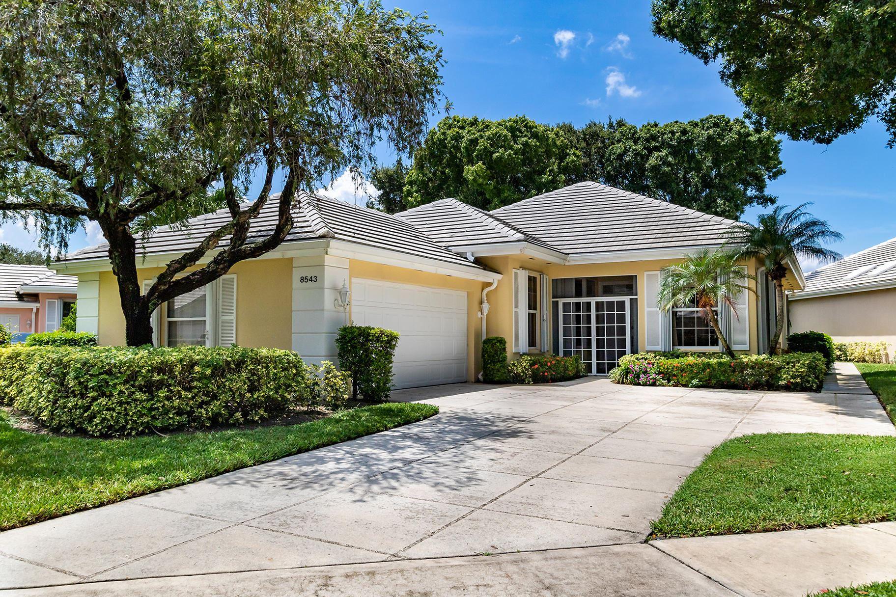 Photo of 8543 Doverbrook Drive, Palm Beach Gardens, FL 33410 (MLS # RX-10645271)