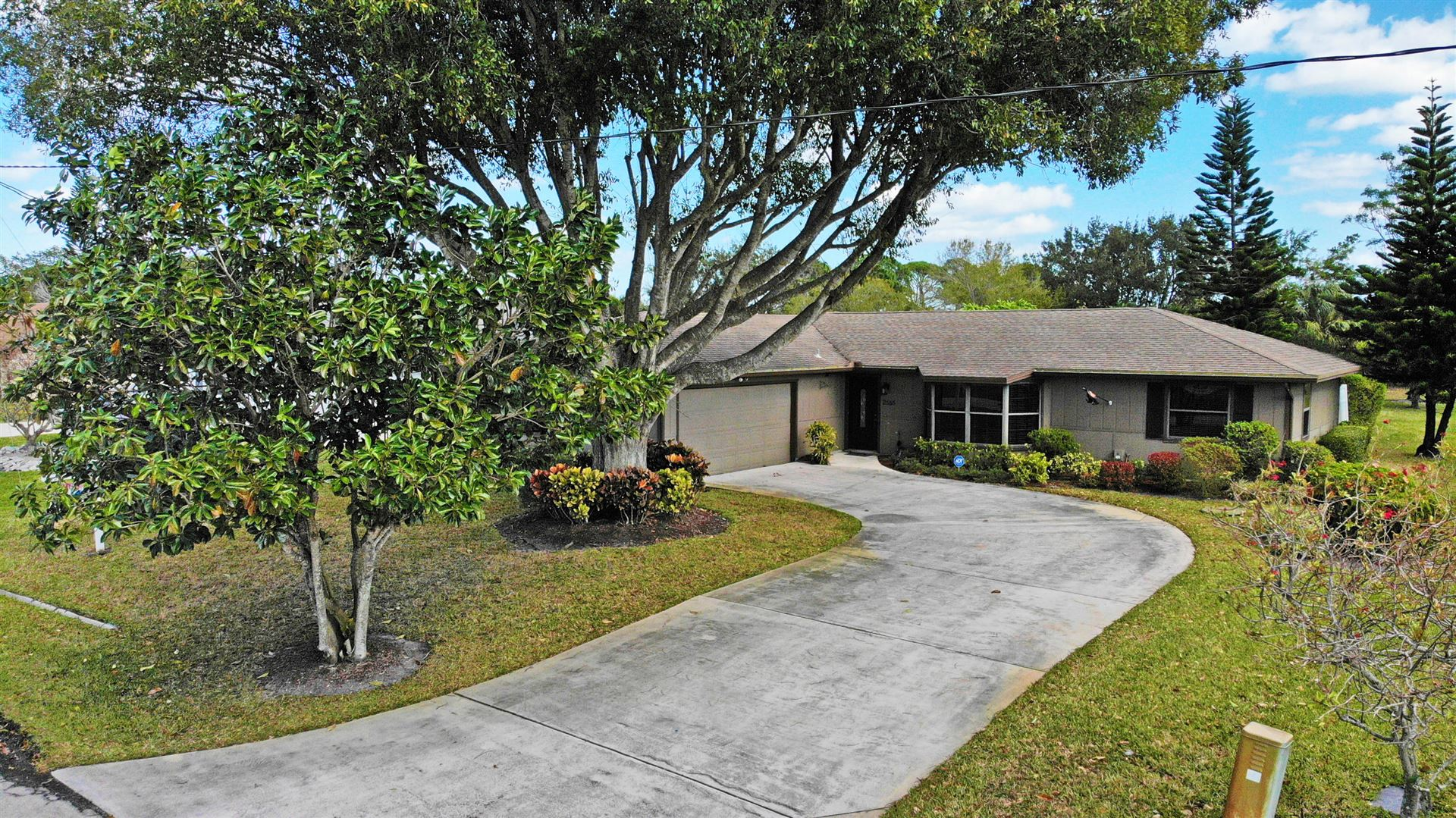 2555 SE Burton Street, Port Saint Lucie, FL 34952 - #: RX-10690271