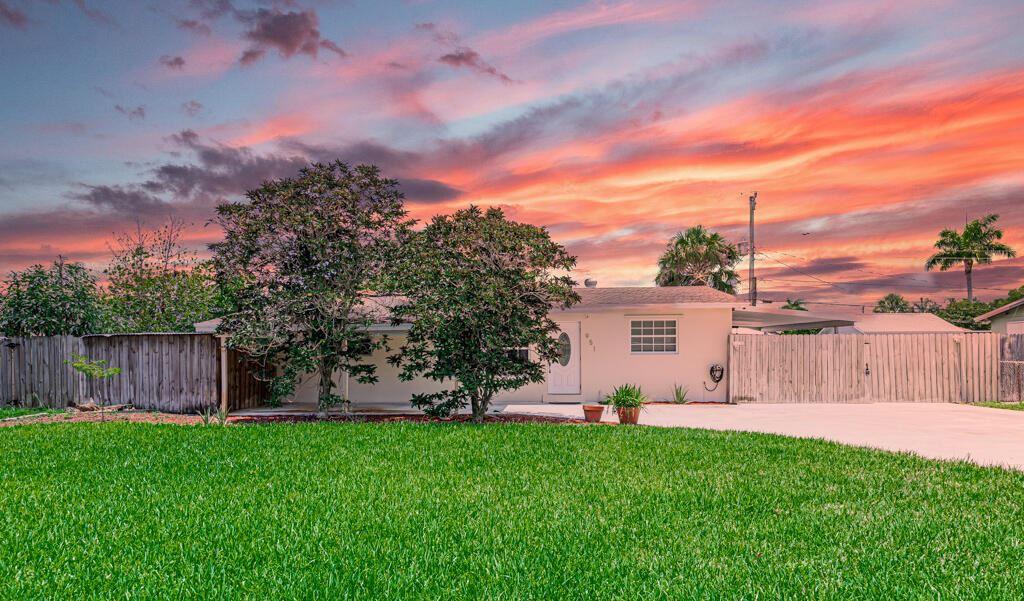 951 Belmont Drive, West Palm Beach, FL 33415 - MLS#: RX-10731273