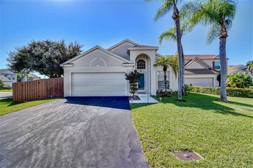 Photo of 41 Teal Way, Boynton Beach, FL 33436 (MLS # RX-10595274)