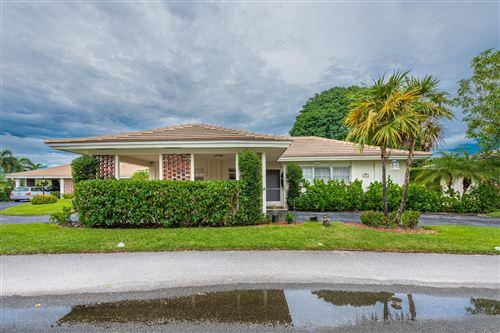 Photo of 107 Villa Circle, Lake Worth, FL 33462 (MLS # RX-10654274)