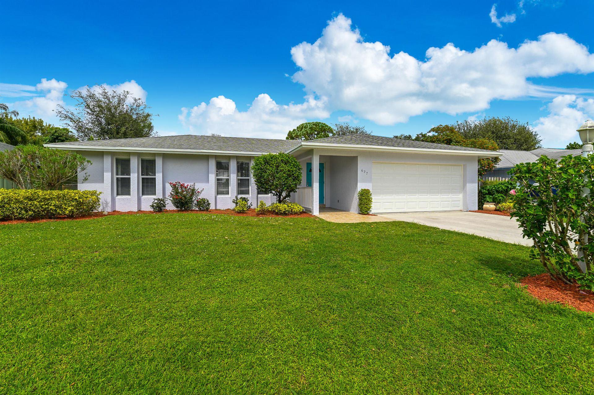 627 NE Maranta Terrado, Jensen Beach, FL 34957 - #: RX-10657274
