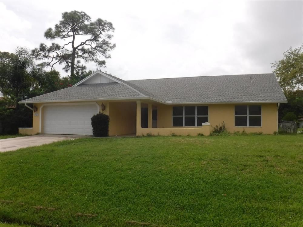 346 SE Glenwood Drive, Port Saint Lucie, FL 34984 - #: RX-10631275
