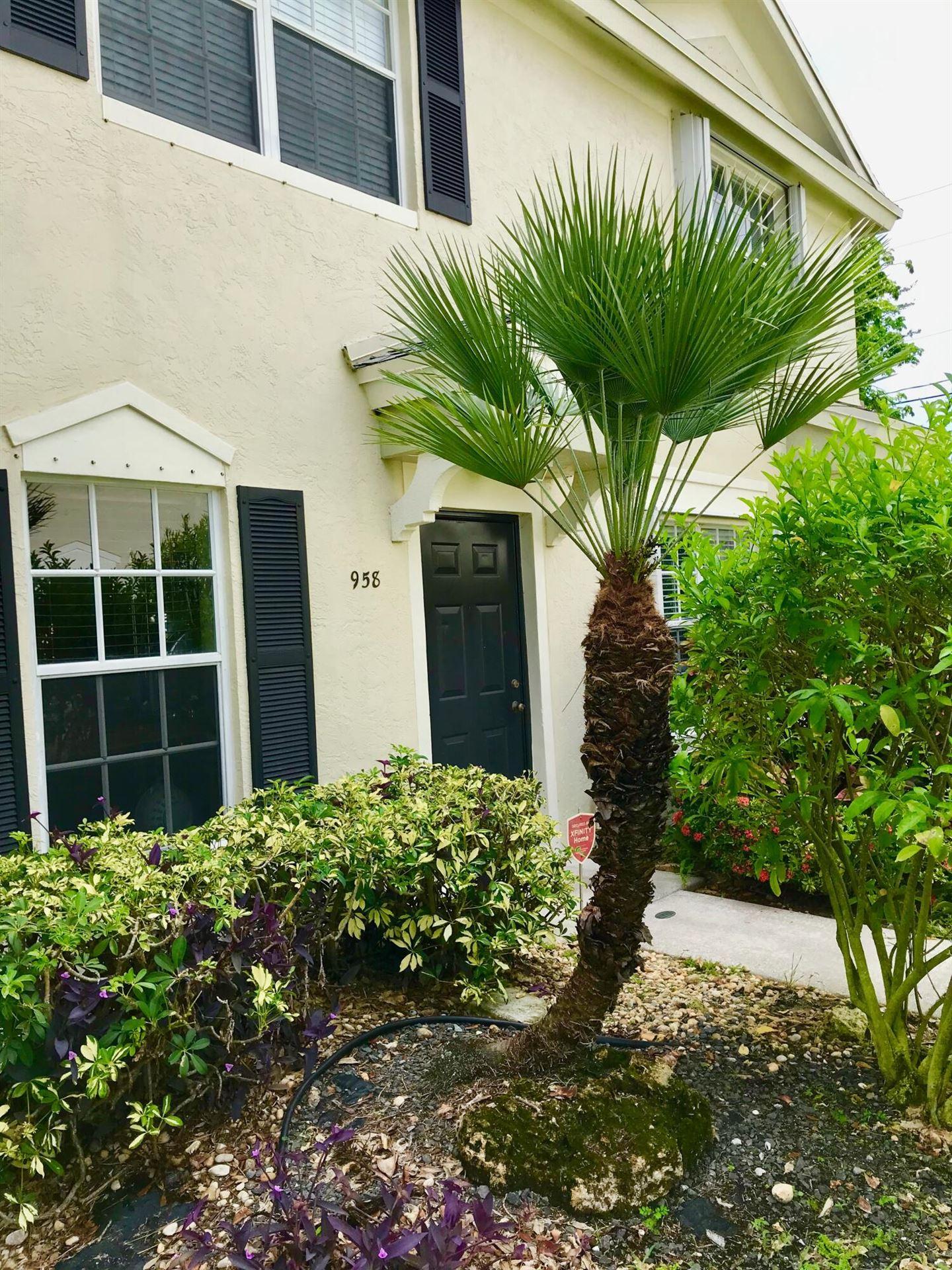 Photo of 958 Kokomo Key Lane, Delray Beach, FL 33483 (MLS # RX-10733275)