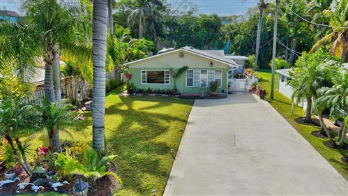 Photo of 640 Potter Road, Boynton Beach, FL 33435 (MLS # RX-10687277)