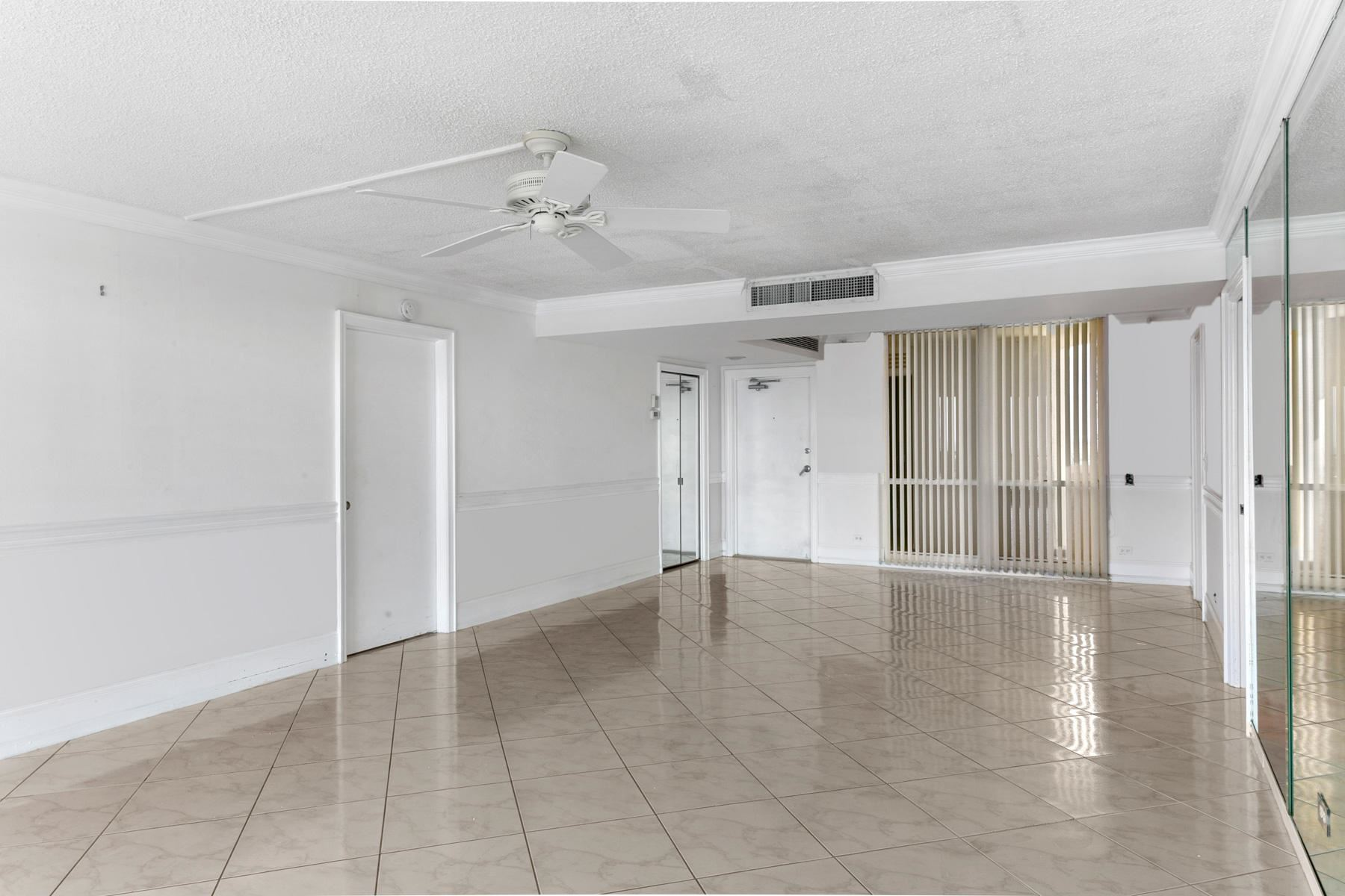 Photo of 130 Lakeshore Drive #T22, North Palm Beach, FL 33408 (MLS # RX-10693279)