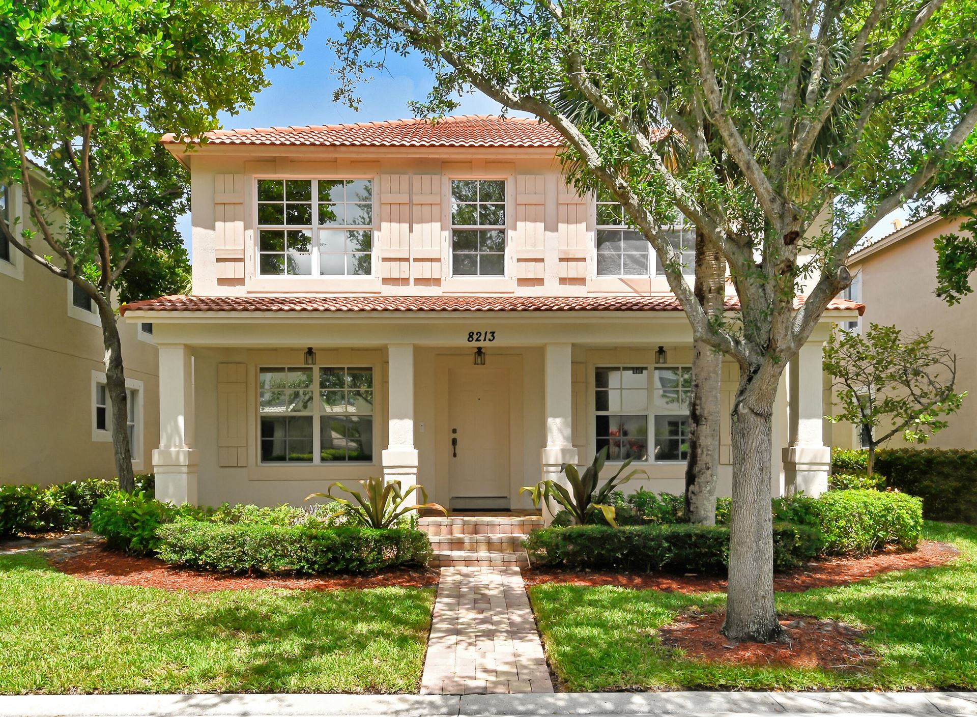 Photo of 8213 Calterra Drive, Palm Beach Gardens, FL 33418 (MLS # RX-10722279)