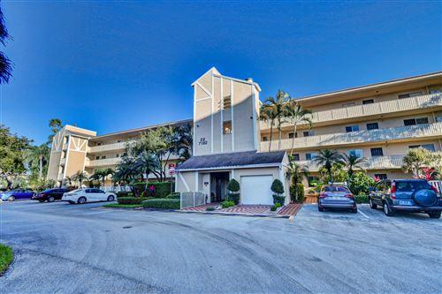 Photo of 7192 Huntington Lane #404, Delray Beach, FL 33446 (MLS # RX-10675280)