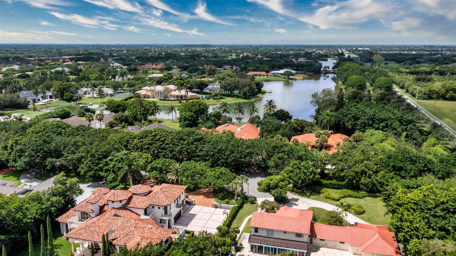 Photo of 8044 Twin Lake Drive, Boca Raton, FL 33496 (MLS # RX-10746281)