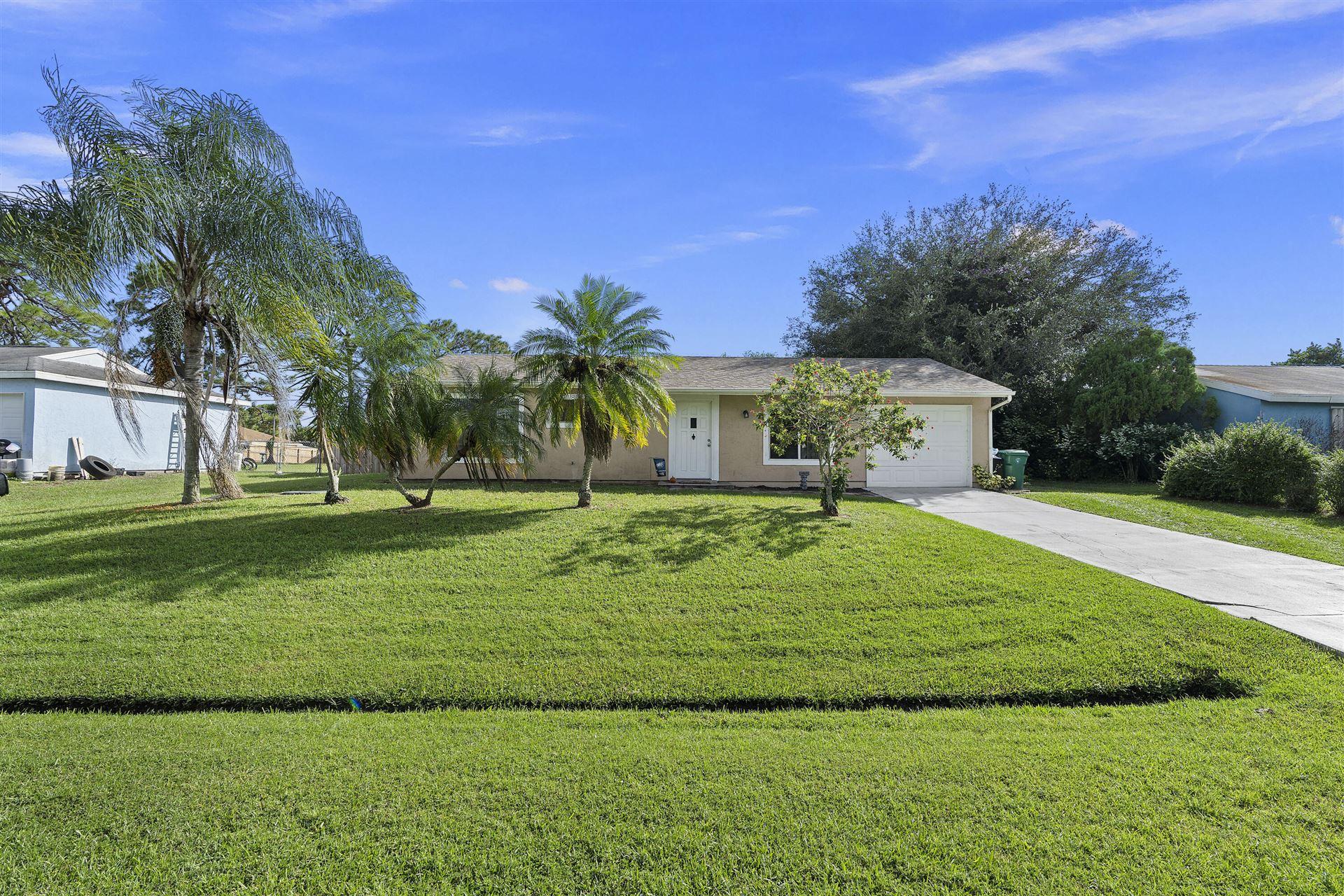 350 SE Dalva Avenue, Port Saint Lucie, FL 34953 - #: RX-10752281