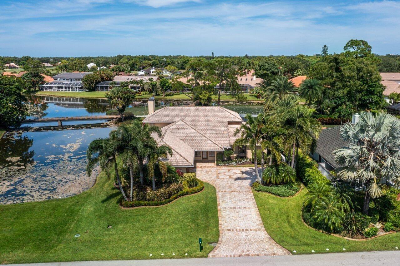 15 Rabbits Run, Palm Beach Gardens, FL 33418 - #: RX-10740283