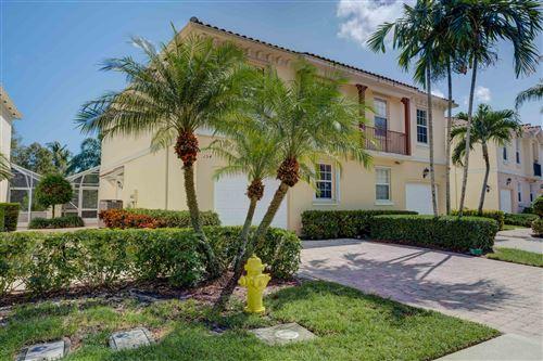 Photo of 154 Santa Barbara Way, Palm Beach Gardens, FL 33410 (MLS # RX-10667285)
