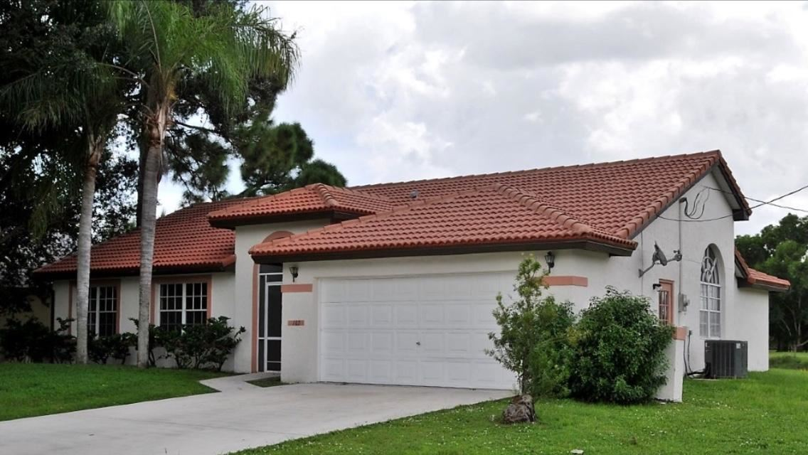 102 NE Twylite Terrace, Port Saint Lucie, FL 34983 - MLS#: RX-10676286