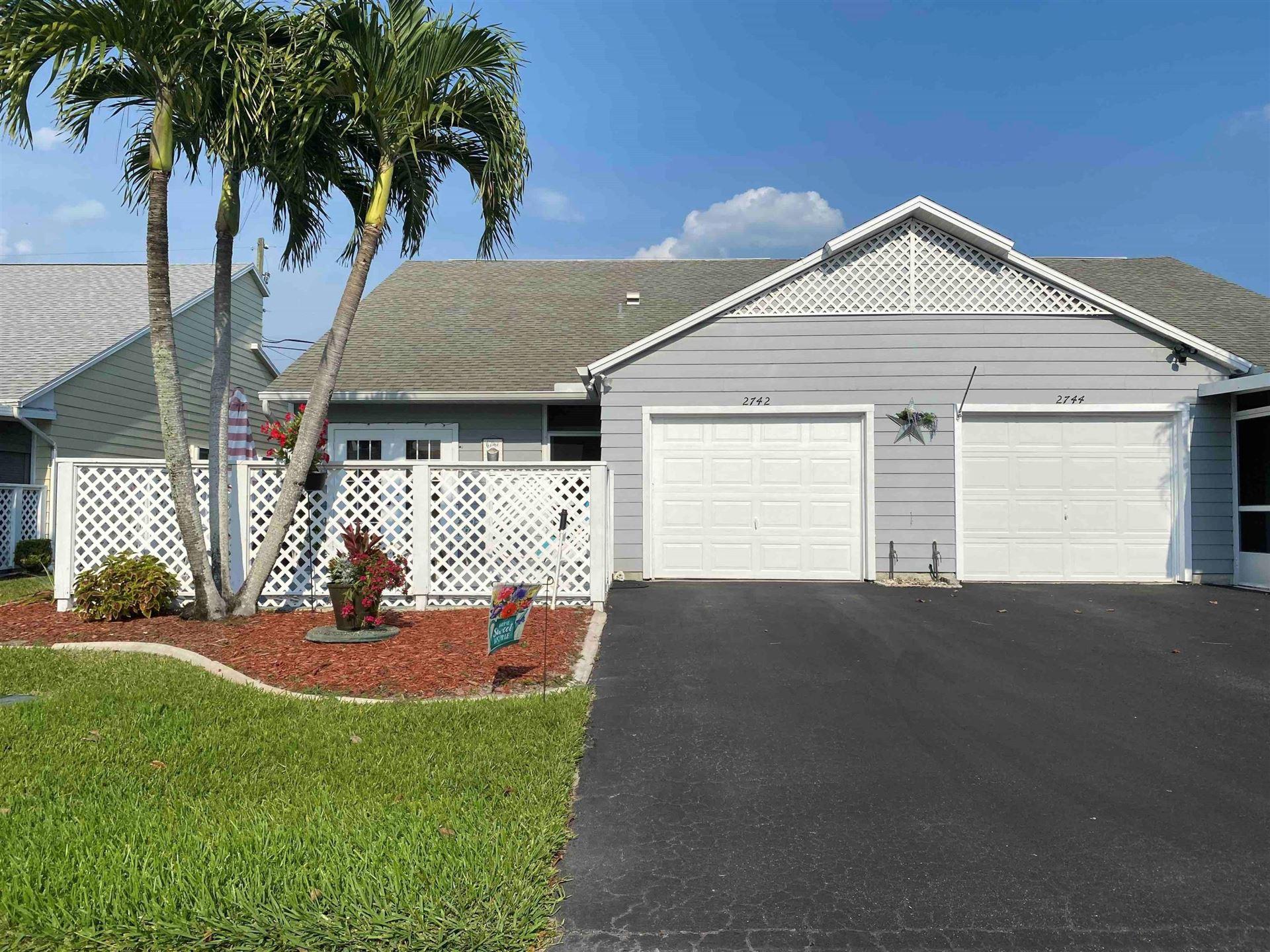 2742 SE Tropical East Circle, Port Saint Lucie, FL 34952 - MLS#: RX-10709286