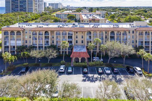 Photo of 950 Ponce De Leon Road #507, Boca Raton, FL 33432 (MLS # RX-10687289)