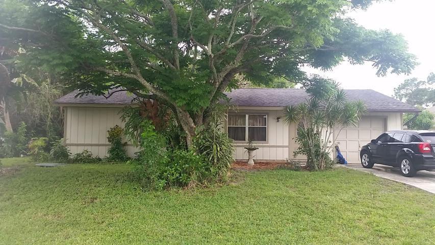 902 SW Nichols Terrace, Port Saint Lucie, FL 34953 - #: RX-10696289