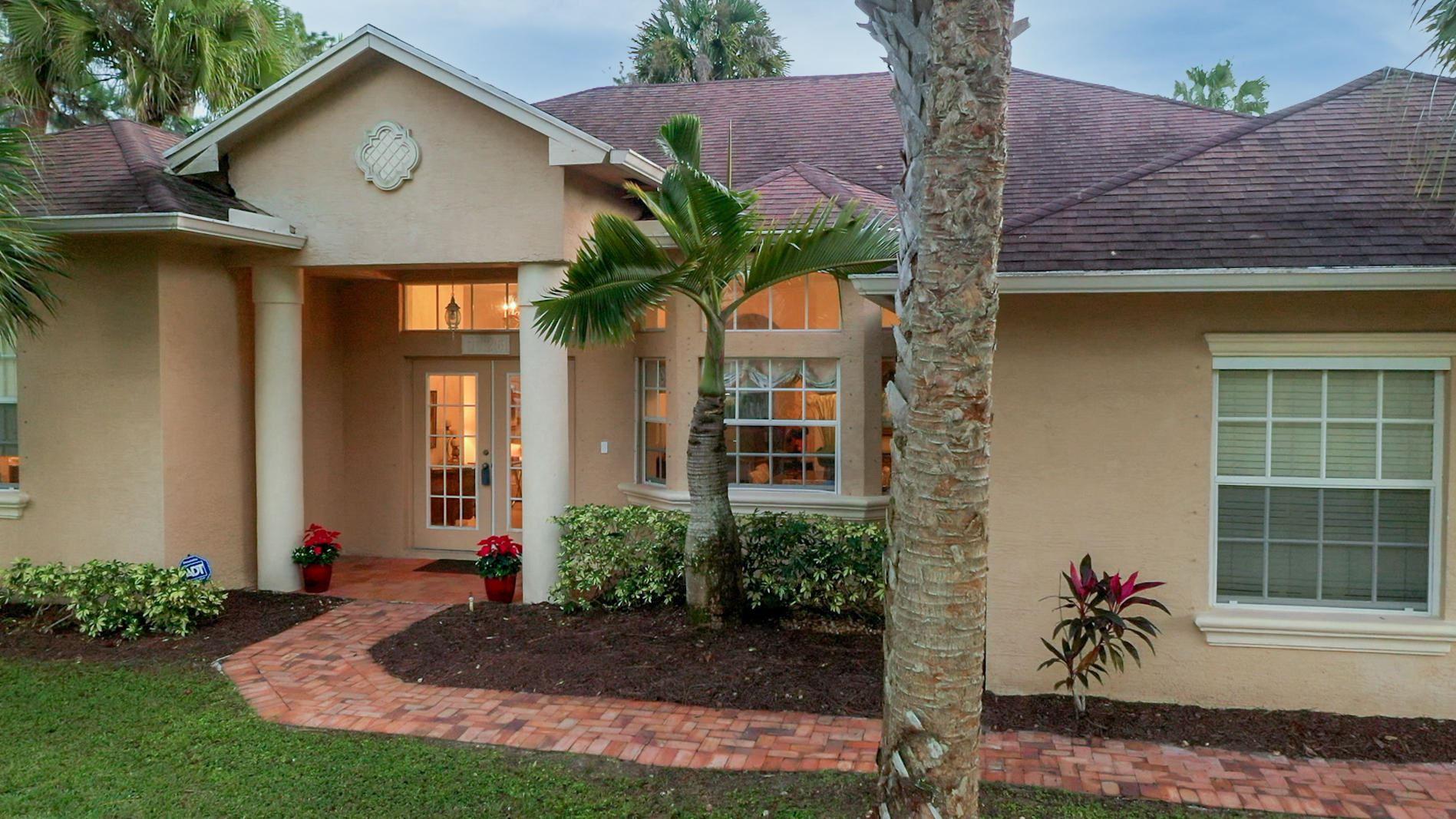 1126 SW Abingdon Avenue, Port Saint Lucie, FL 34953 - #: RX-10675290