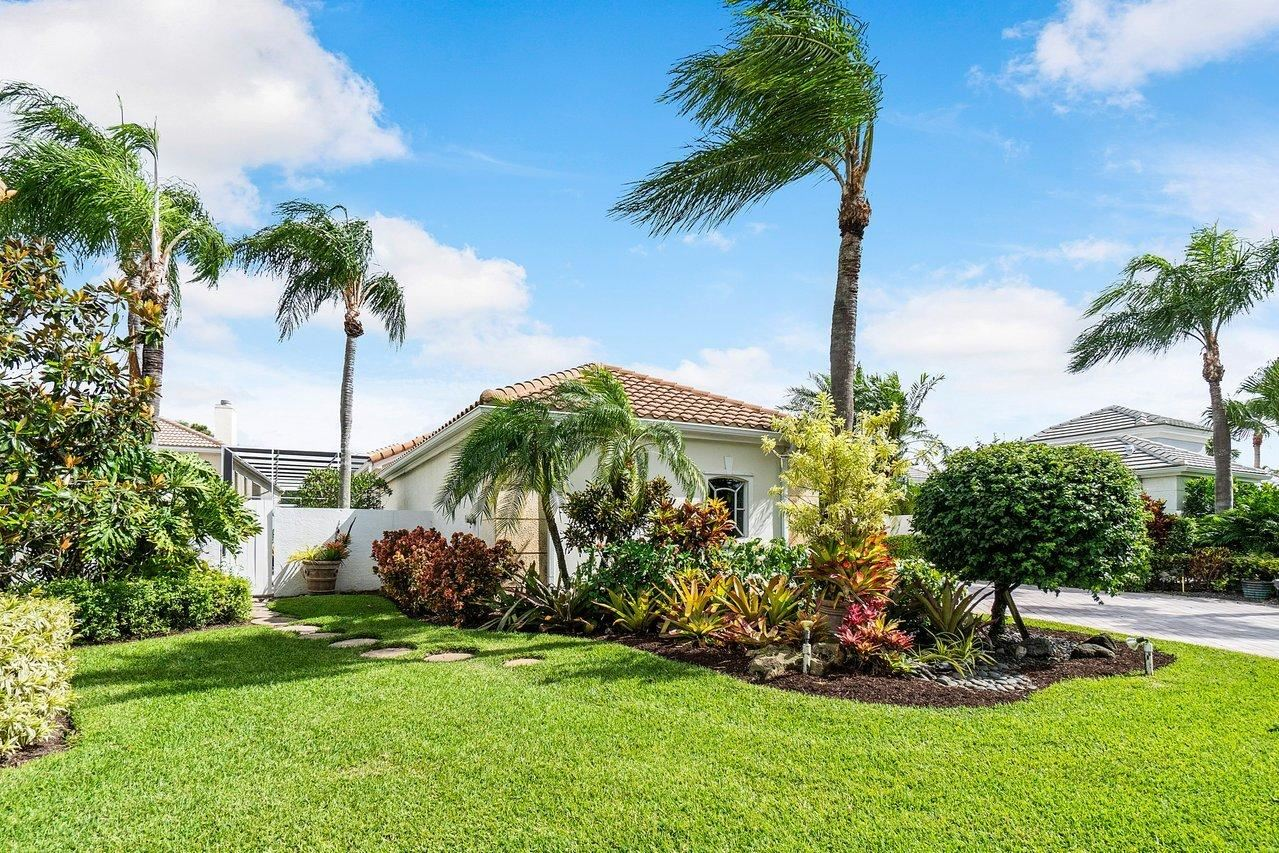 Photo of 1141 Crystal Drive, Palm Beach Gardens, FL 33418 (MLS # RX-10718290)