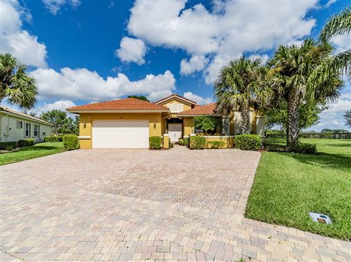 Photo of 9254 Isles Cay Drive, Delray Beach, FL 33446 (MLS # RX-10570291)