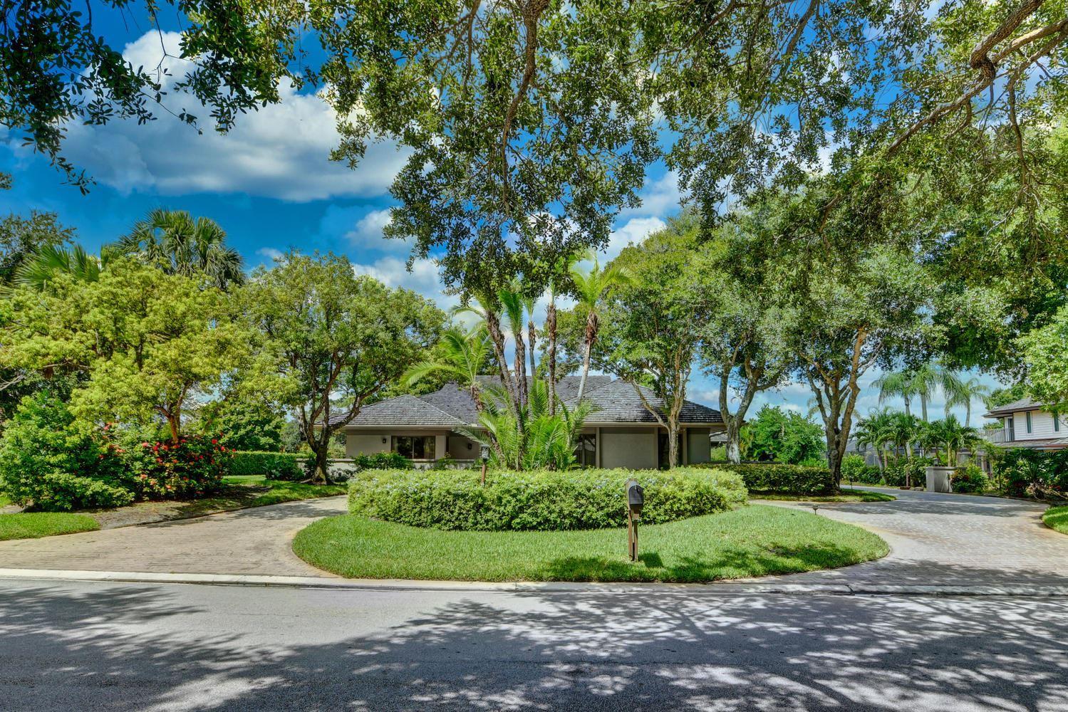 Photo of 6040 SE Mariner Sands Drive, Stuart, FL 34997 (MLS # RX-10645291)