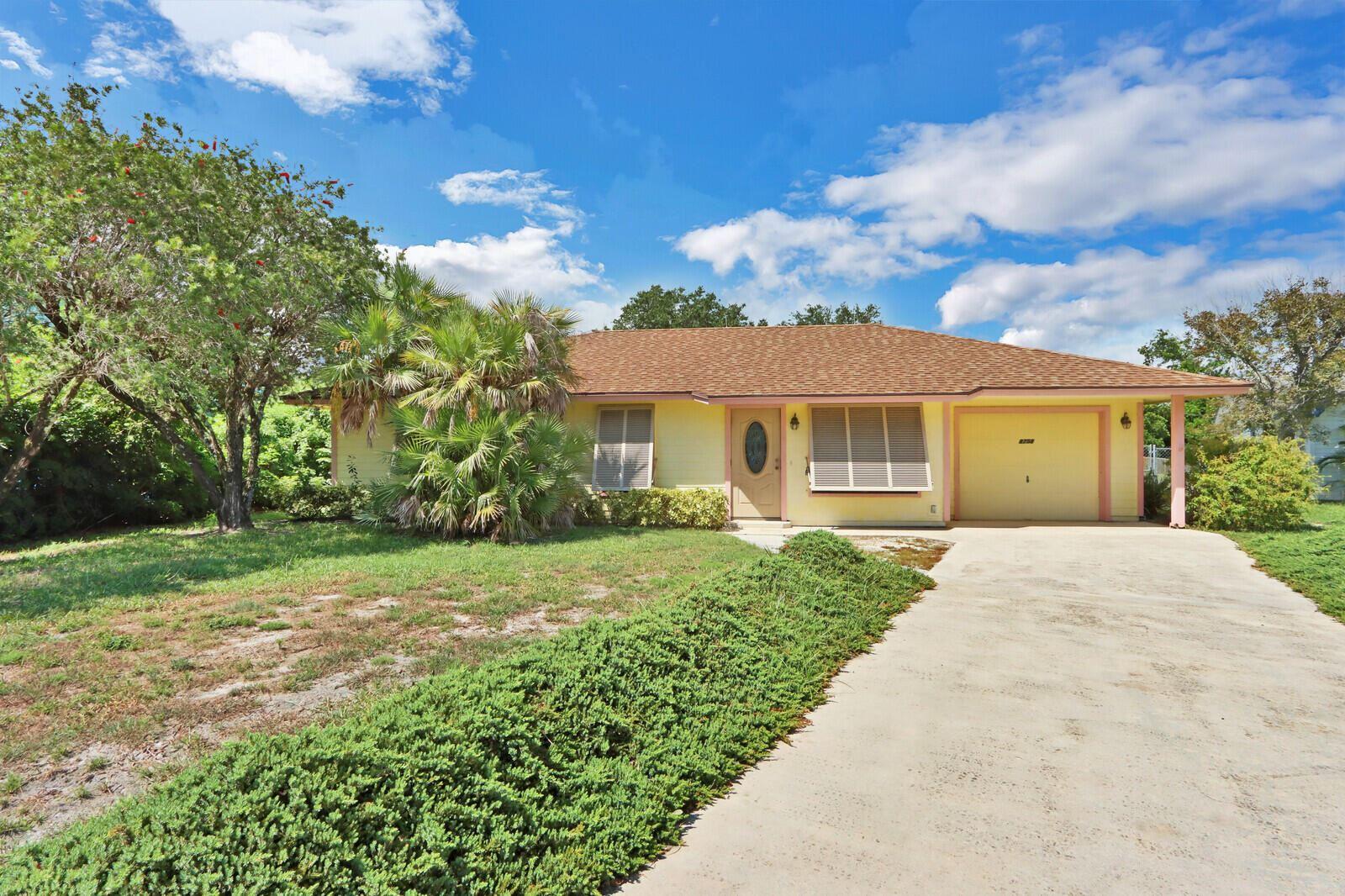 8758 SE Colony Street, Hobe Sound, FL 33455 - #: RX-10743291
