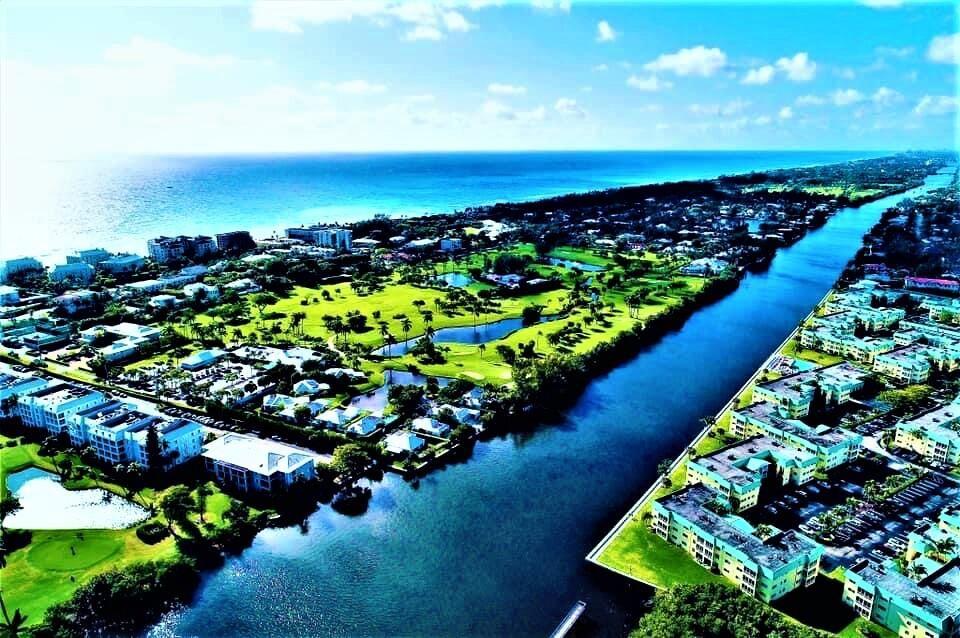 15 Colonial Club Drive #300, Boynton Beach, FL 33435 - #: RX-10749291