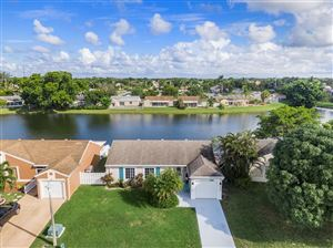 Photo of 18973 Cloud Lake Circle, Boca Raton, FL 33496 (MLS # RX-10570293)