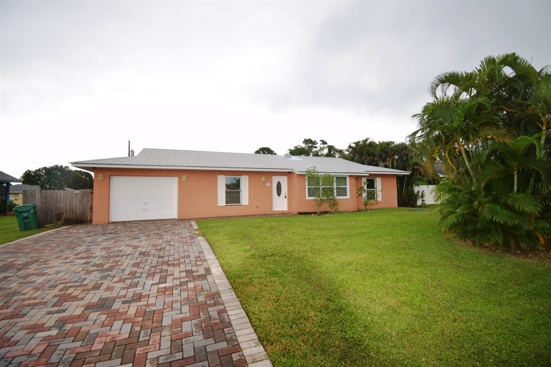 709 SW Dorchester Street, Port Saint Lucie, FL 34983 - #: RX-10664293