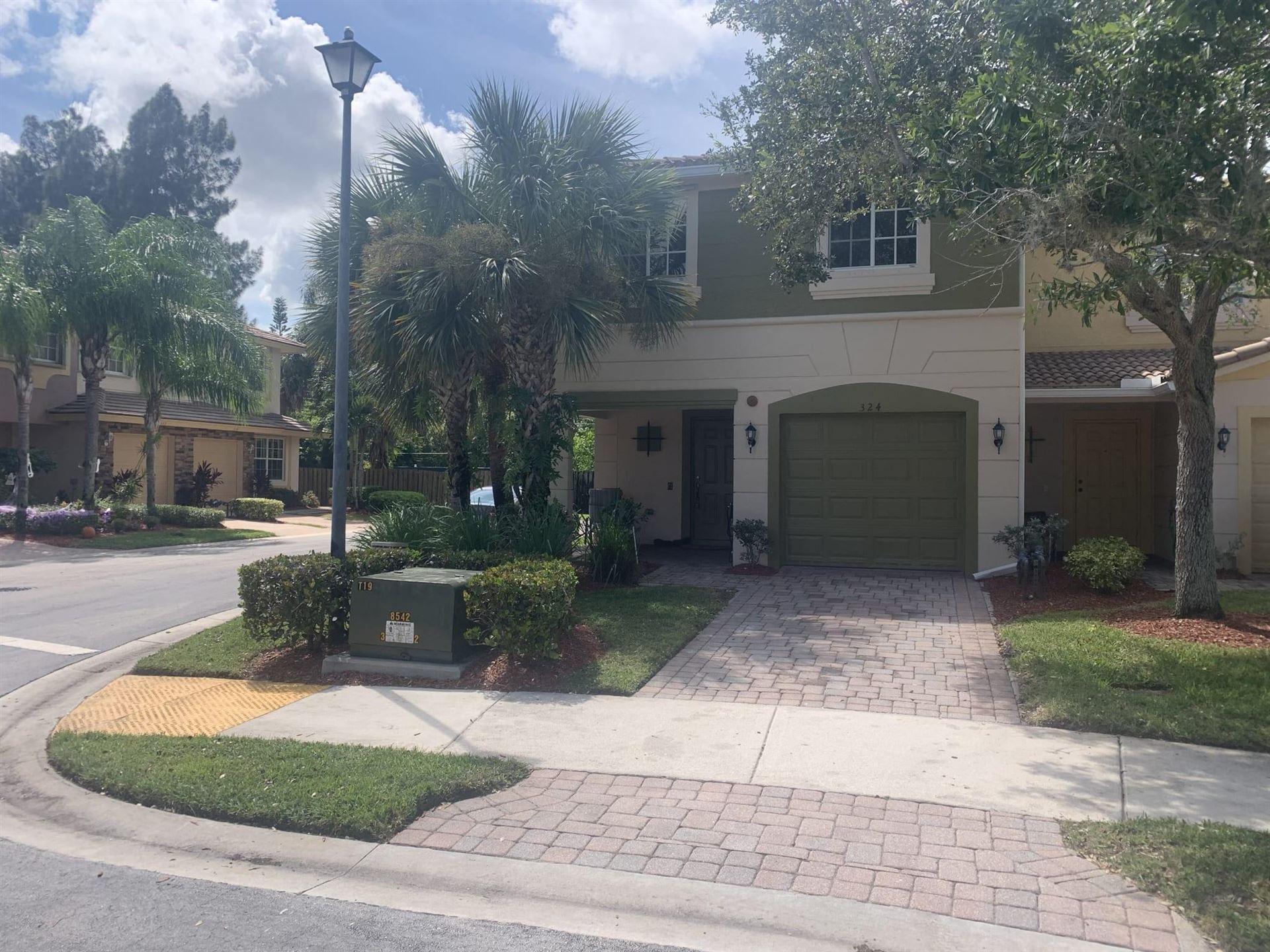 324 SE Bloxham Way, Stuart, FL 34997 - #: RX-10750293