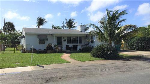 Foto de inmueble con direccion 120 SE 3rd Avenue Boynton Beach FL 33435 con MLS RX-10662294