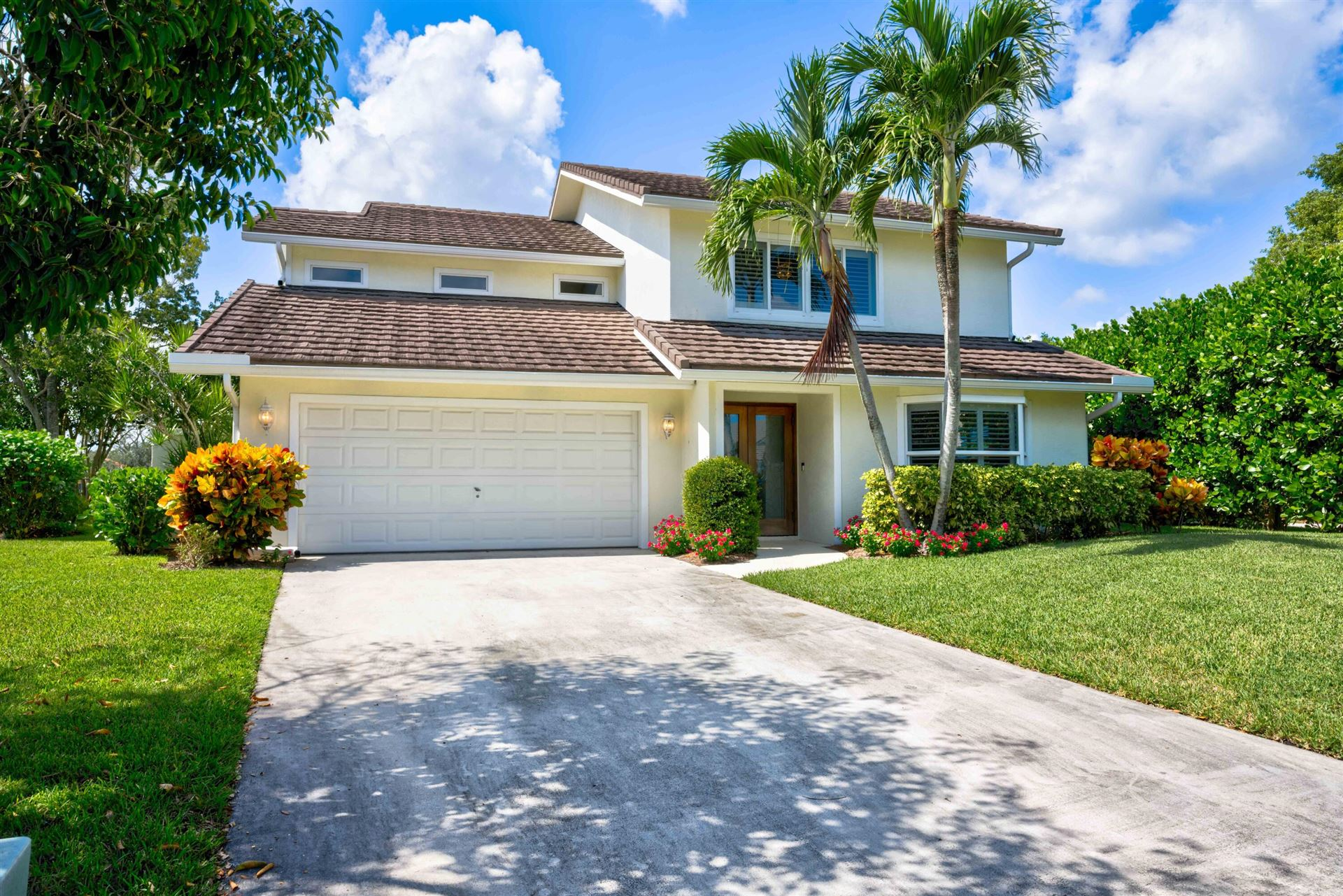 Photo of 7 Lethington Road, Palm Beach Gardens, FL 33418 (MLS # RX-10749294)