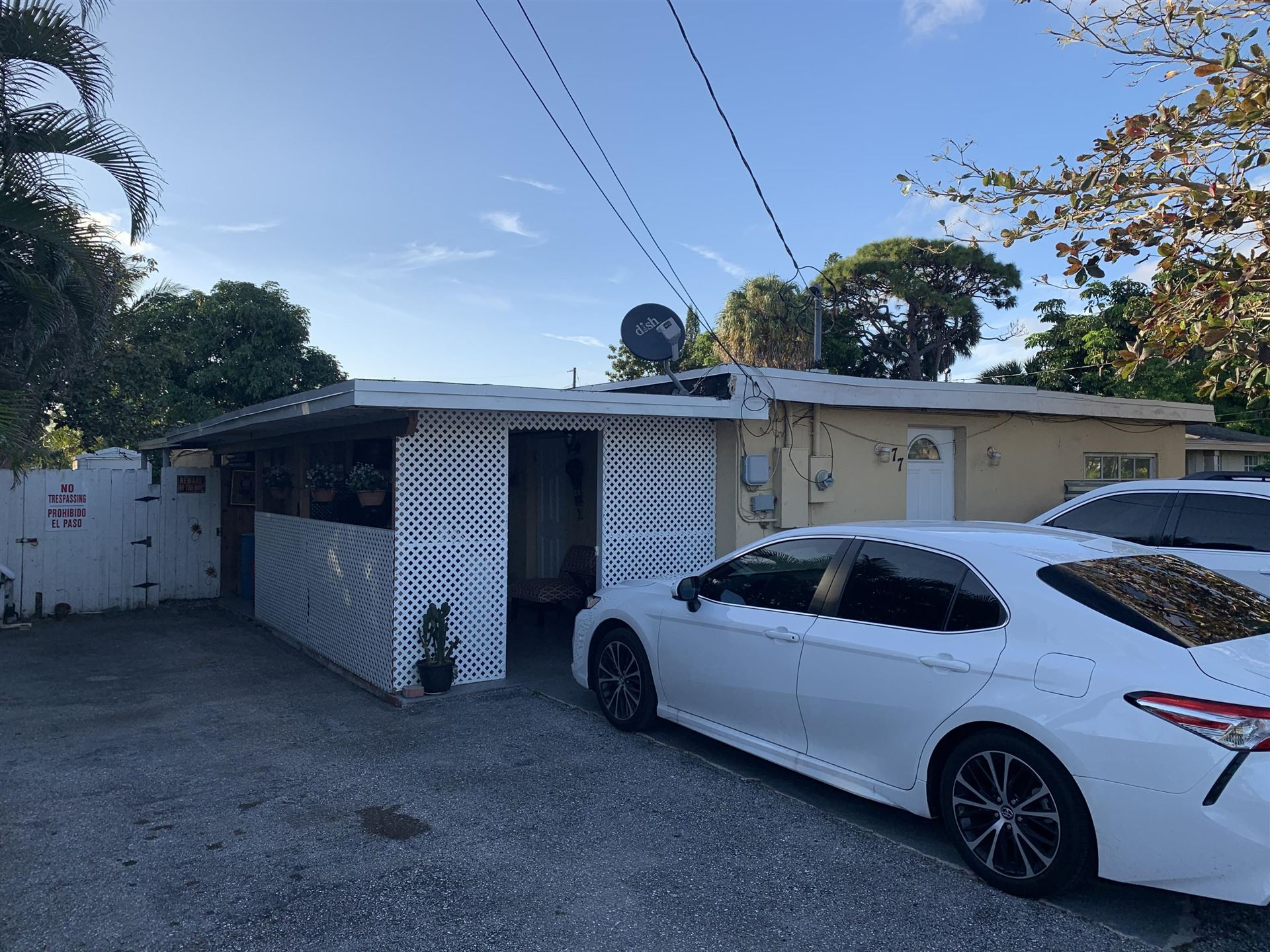77 Caroline Drive, West Palm Beach, FL 33413 - #: RX-10601296