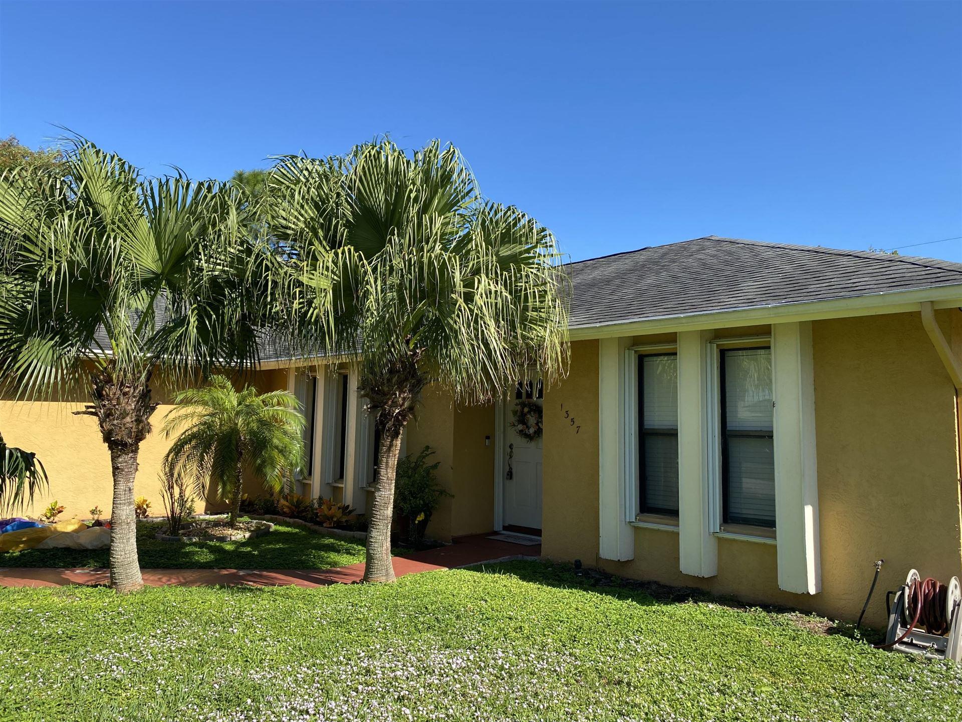 1357 SE Floresta Drive, Port Saint Lucie, FL 34983 - #: RX-10673296