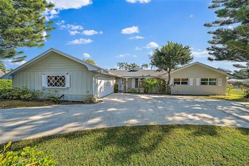 Photo of 76 Fairview W, Tequesta, FL 33469 (MLS # RX-10686298)