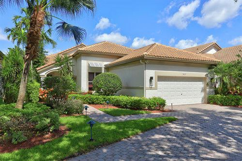Photo of 5875 NW 25th Terrace, Boca Raton, FL 33432 (MLS # RX-10632299)