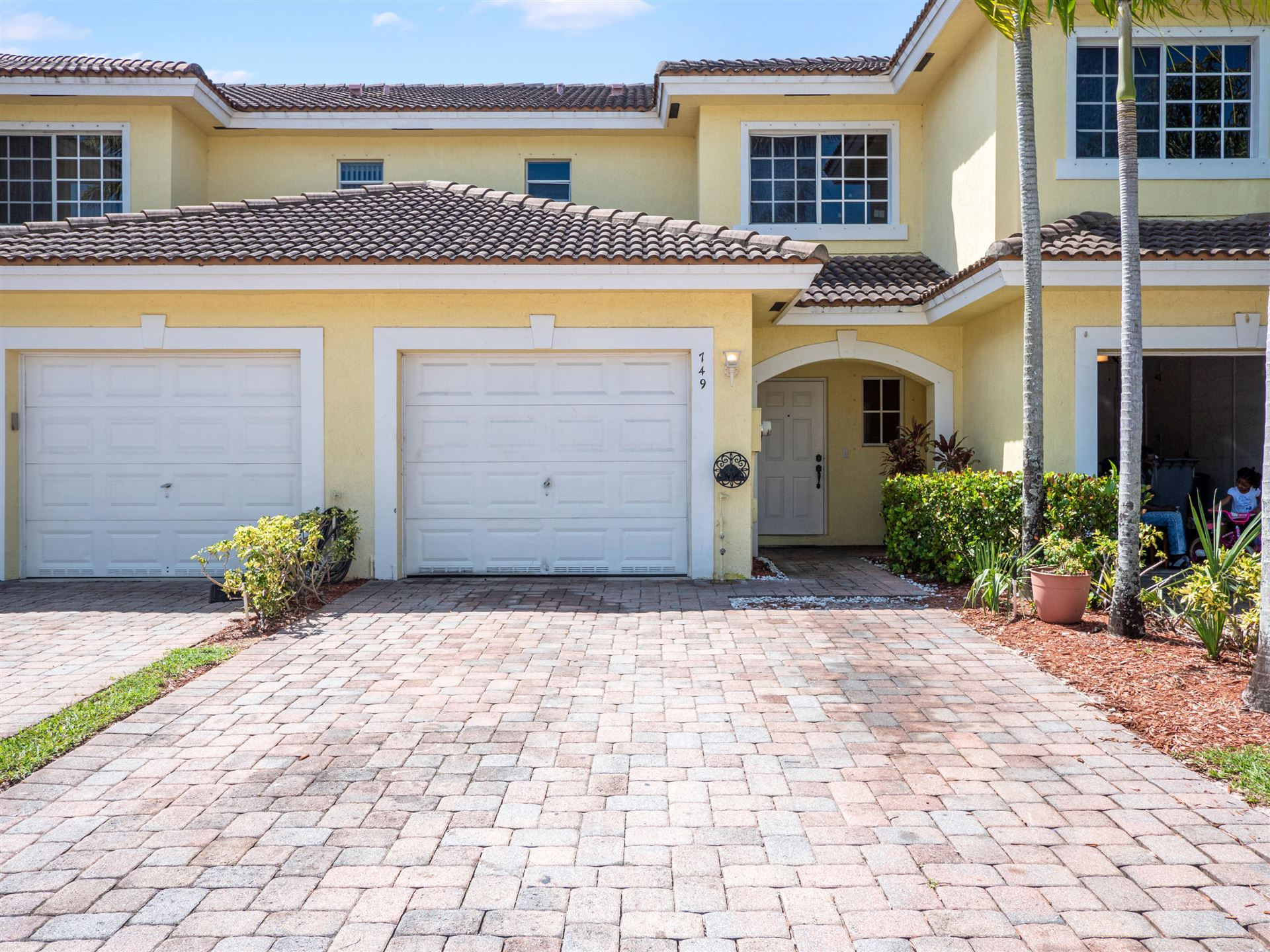 749 Imperial Lake Road, West Palm Beach, FL 33413 - #: RX-10659301