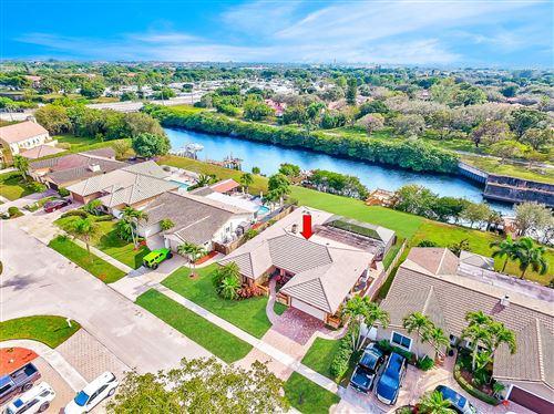 Photo of 23265 Lago Mar Circle, Boca Raton, FL 33433 (MLS # RX-10685303)
