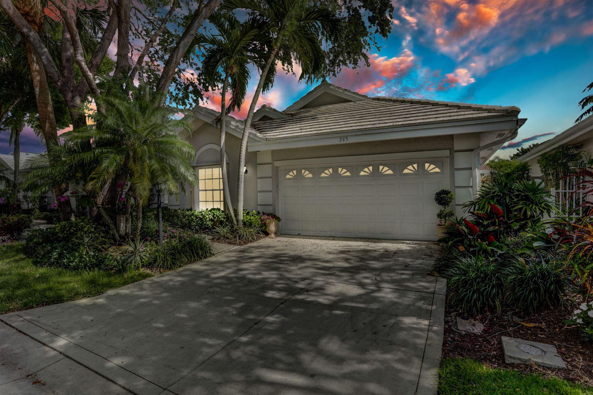 Photo of 285 Canterbury Drive W, Palm Beach Gardens, FL 33418 (MLS # RX-10711303)