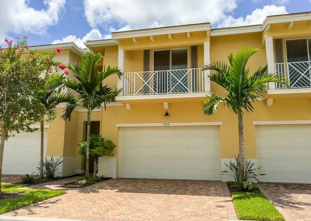 5238 Cambridge Court, Palm Beach Gardens, FL 33418 - #: RX-10718303