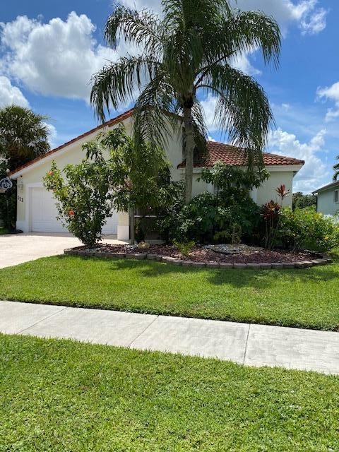 111 Derby Lane, Royal Palm Beach, FL 33411 - #: RX-10650304