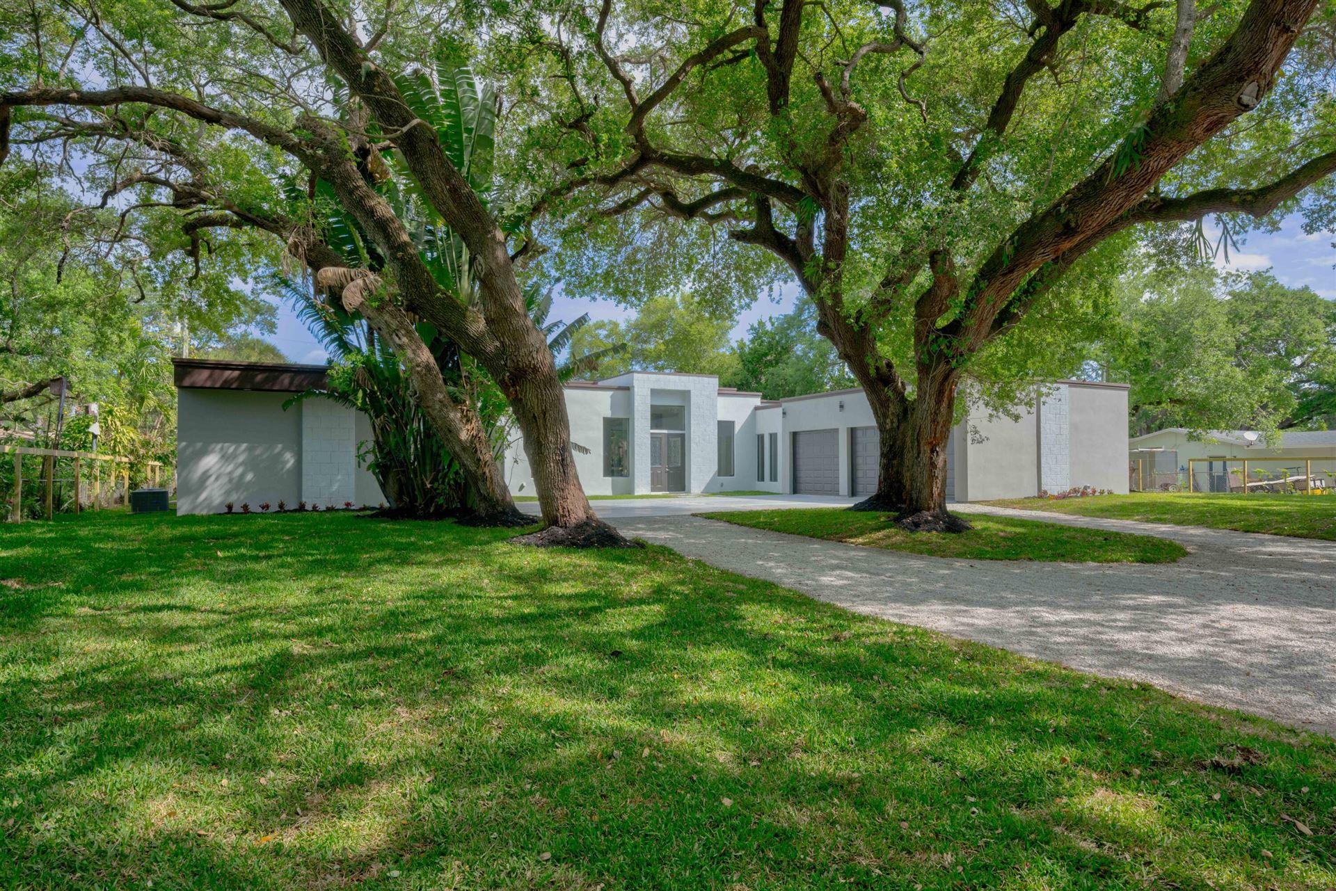 2611 W Edgewater Drive, Palm Beach Gardens, FL 33410 - MLS#: RX-10701306