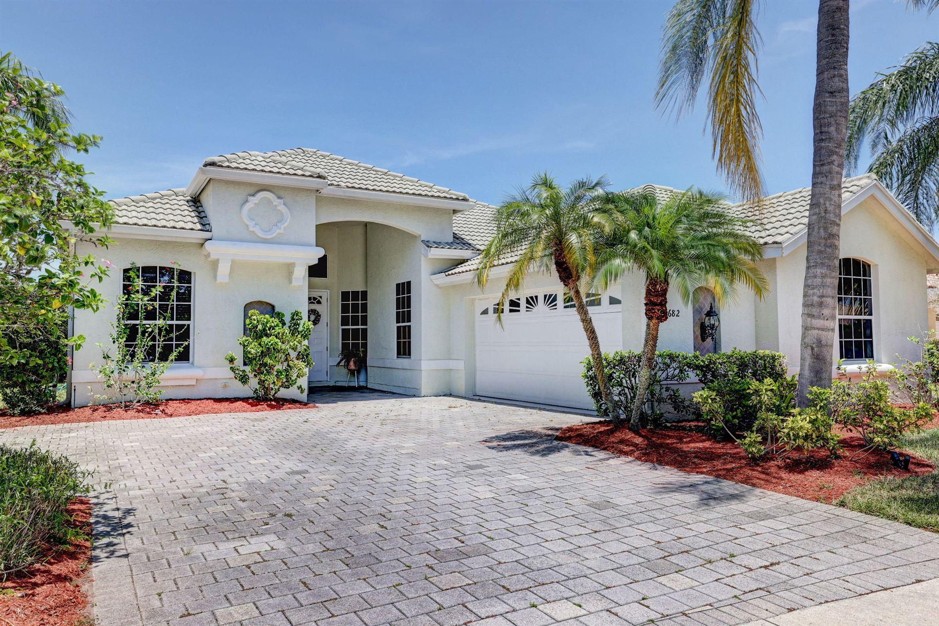 682 SW Lake Charles Circle, Palm Beach, FL 34986 - #: RX-10719306