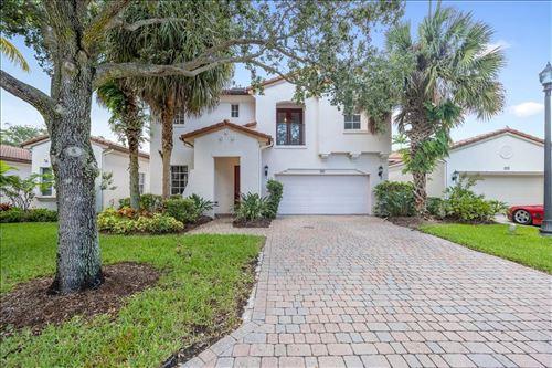 Photo of 721 Bocce Court, Palm Beach Gardens, FL 33410 (MLS # RX-10736307)